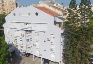 ניקוי חזית בניין